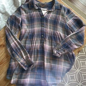 American eagle flannel top